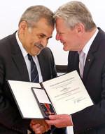 Bei der Verleihung: Sahabeddin Buz und Bundespräsident Joachim Gauck
