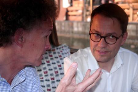 Prof. Dr. Marc Hansmann im Gespräch mir Prof. Dr. Wolfgang Reinbold