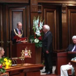 Verleihung der Stadtplakette an Otto Stender