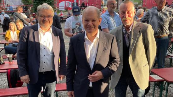 Lothar und Thomas mit Olaf Scholz