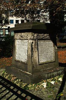 Grabstein von Christian Philipp Iffland